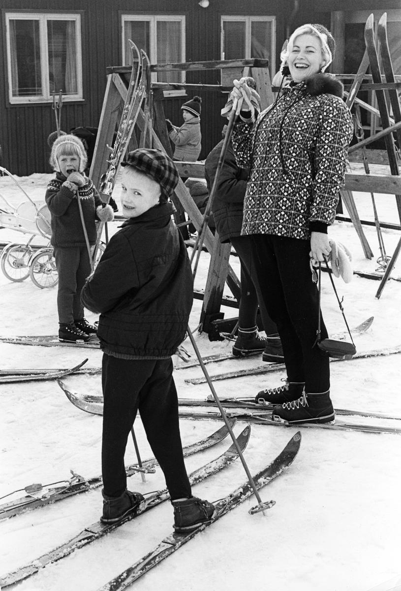 """Hemlingby friluftsområde. Från utställningen """"Gävlar i stan"""" på Gävle Museum 1967."""