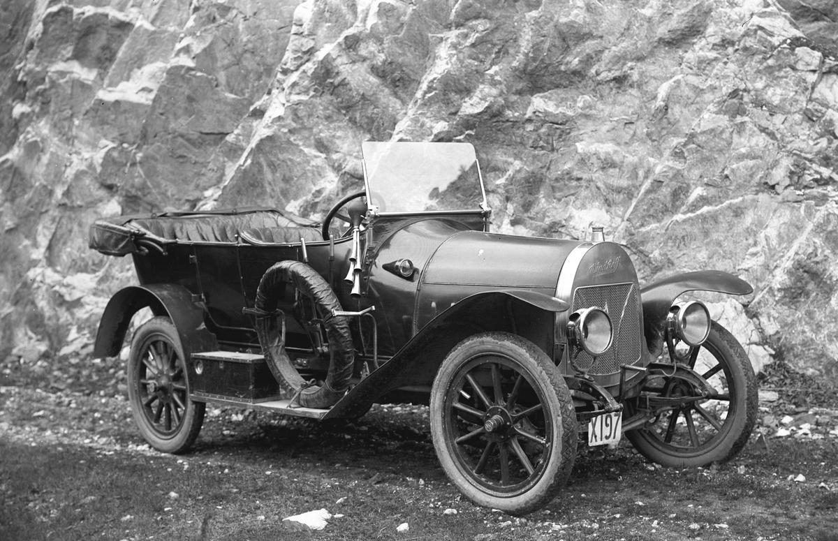 """Walls Kalkbrott. Josef Erikssons bil """"Windhoff"""", köpt 12 maj 1920 och såld 31 maj 1921"""