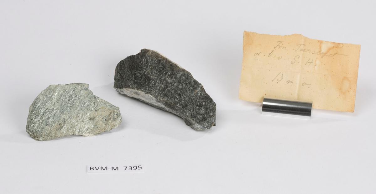 To prøver Lapp i eske: Fra Tverslaget or. t. v. G.H. 13 m v.