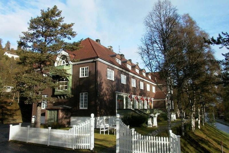 Orkla hotell ble bygd i 1916 og utvendig ser det nesten like dan ut 100 år etter.