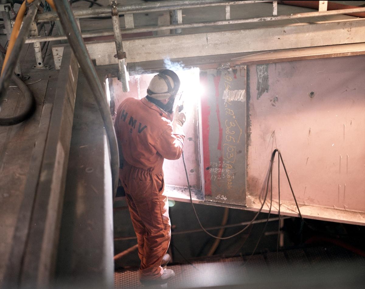 HMV. Modul under konstruksjon/produksjon. Sveising pågår.