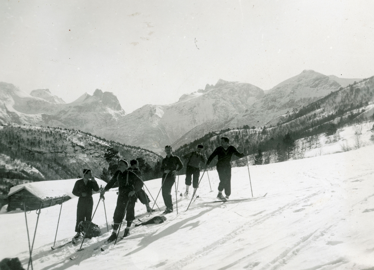 Norwegian athletes enjoying the French Alpes