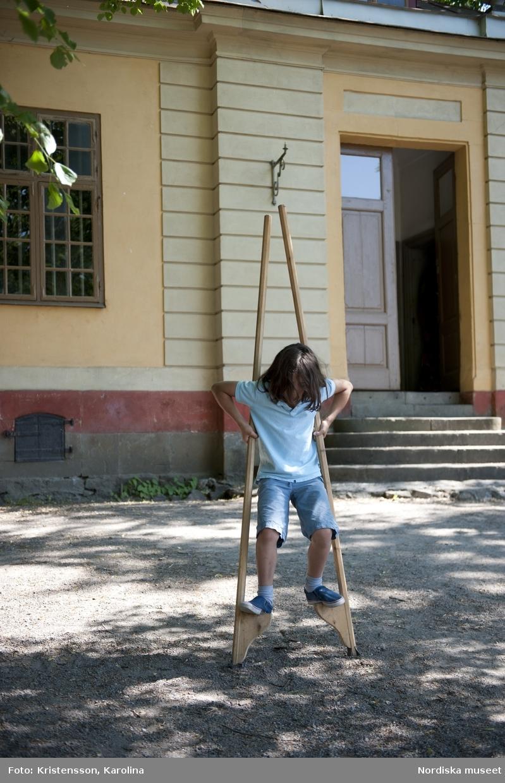 Svindersviksdagen 2011, Barnaktiviteter Barnen provar på leksakerna