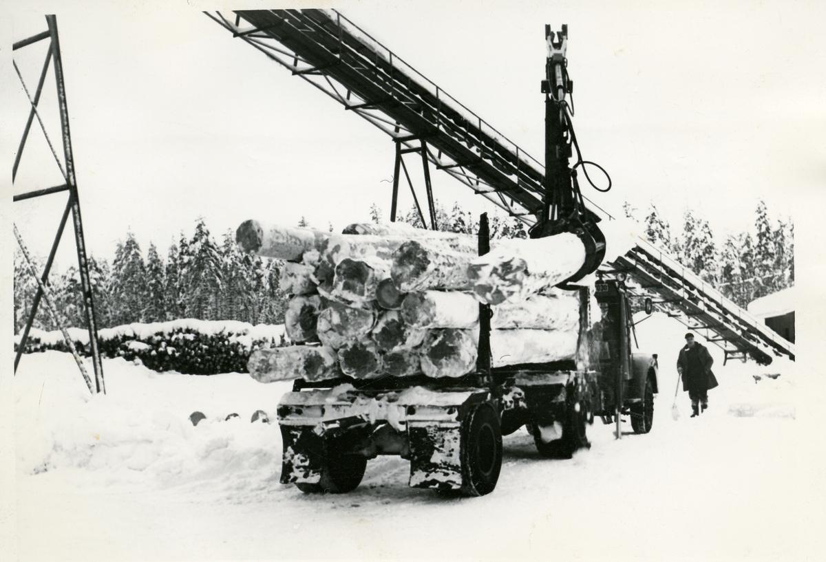 Tømmertransport ved Begna Bruk.