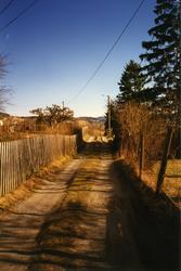 Bebyggelse og landskap i nærheten av Ringstad i Gran.