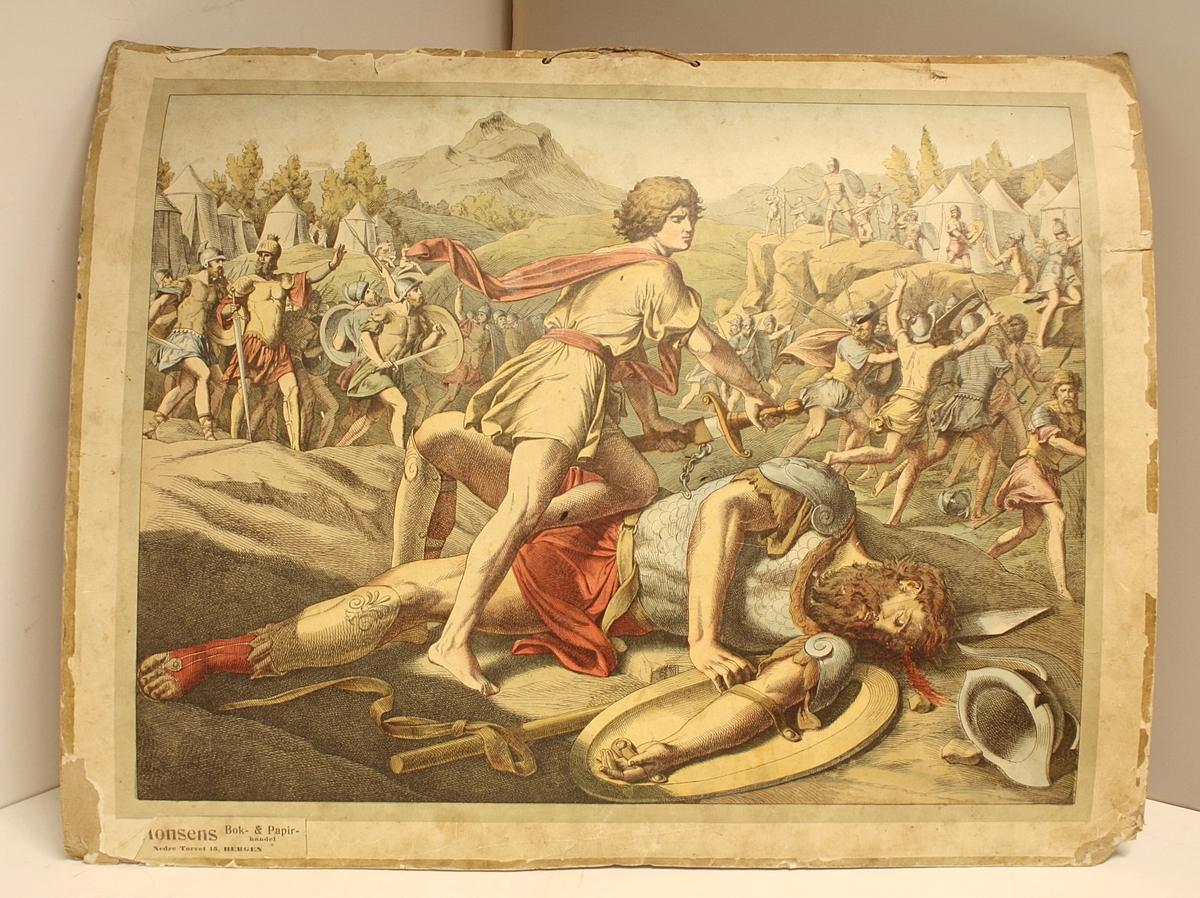 Rektangulær plakat. To personer i forgrunnen, David som har beseiret Goliat. Et slag i bakgrunnen. Telt og landskap i bakgrunnen. Hyssing til oppheng.