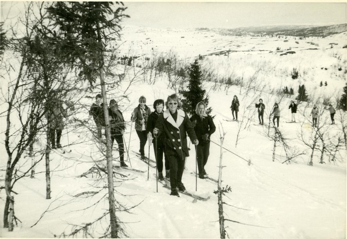 Framhaldsskolen på skitur, 1960/1961.