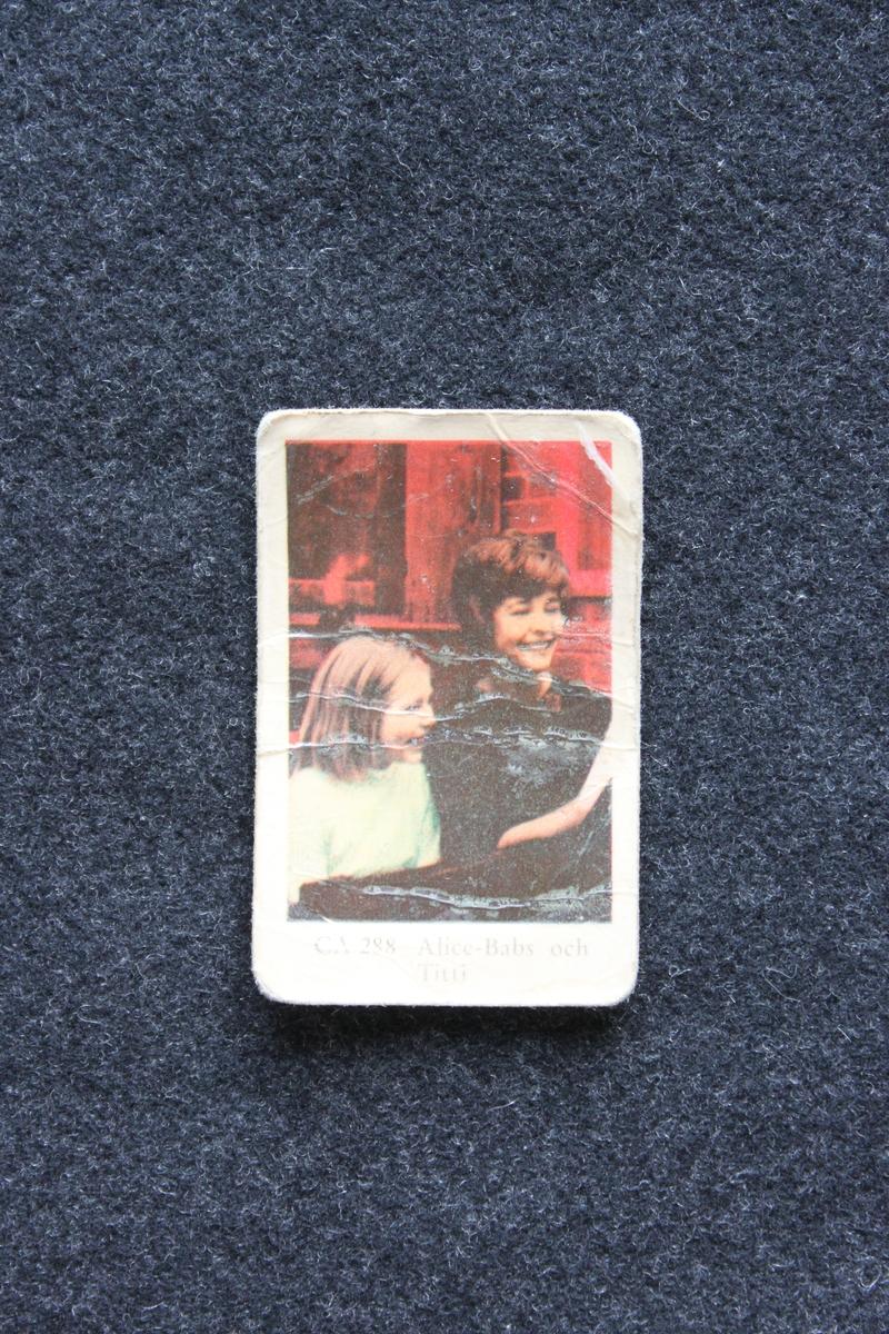 Filmstjärnebild med foto föreställande Alice Babs och Titti