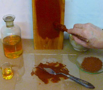 Components_of_pure_linseed_oil_color..JPG