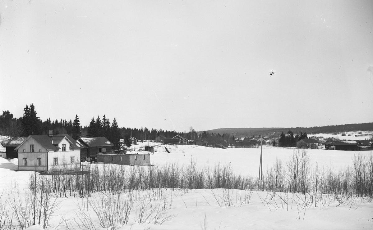 Hästbo 1:4. Ladugården blev murad 1921 och fick överbyggnad 1922.