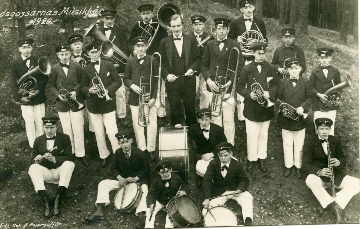 Prospektkort av et musikkorps. Edsgossarnas Musikkår 1920.
