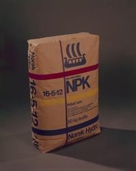 NPK-sekk med blå vikingskip logo.