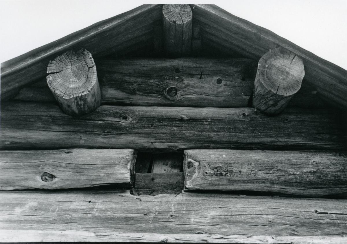 Veglingsrudnaustet ved Bualandet, Høvren 1986.