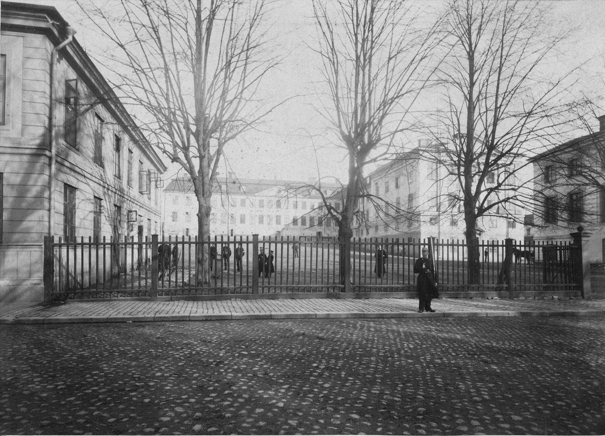 Svea livgardes I 1 kasern vid Fredrikshovs slott i Stockholm.