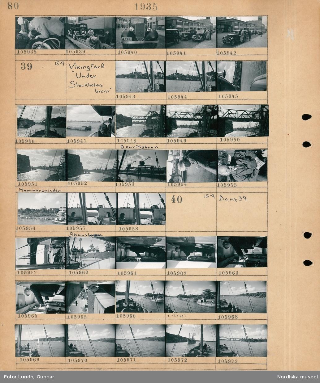 """Motiv: Ekonomitävlan för Ford Junior. Start vid Ernst Nilsson Hälsingegat ; En grupp män arbetar med en bil, en bil parkerad på gatan.  Motiv: Vikingfärd """"Under Stockholms broar""""; Stadsvy med vatten och bebyggelse, vy över Danviksbron, vy över Hammarbyleden, porträtt av en man, vy över Skansbron.  Motiv: Vikingfärd """"Under Stockholms broar""""; Ett fartyg går under en bro, en man står vid rodret på ett fartyg, stadsvy med vatten - båtar -fartyg och bebyggelse."""