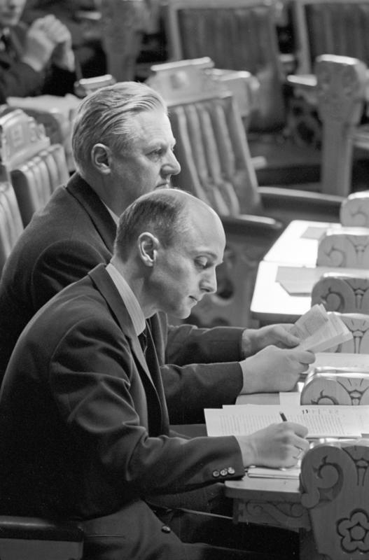 Debatt i Stortinget. Kåre Willoch og John Lyng, våren 1967. (Foto/Photo)