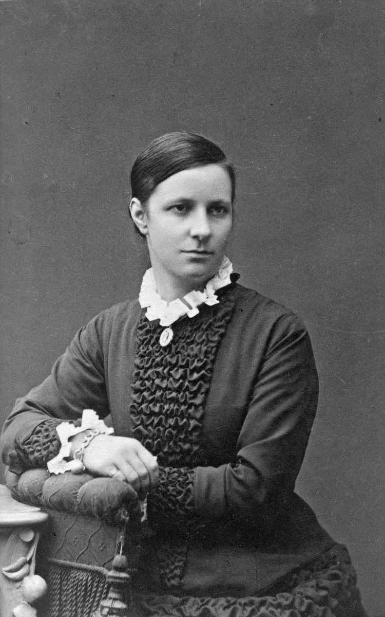 Fina Samuelsson, 1870-80 tal.