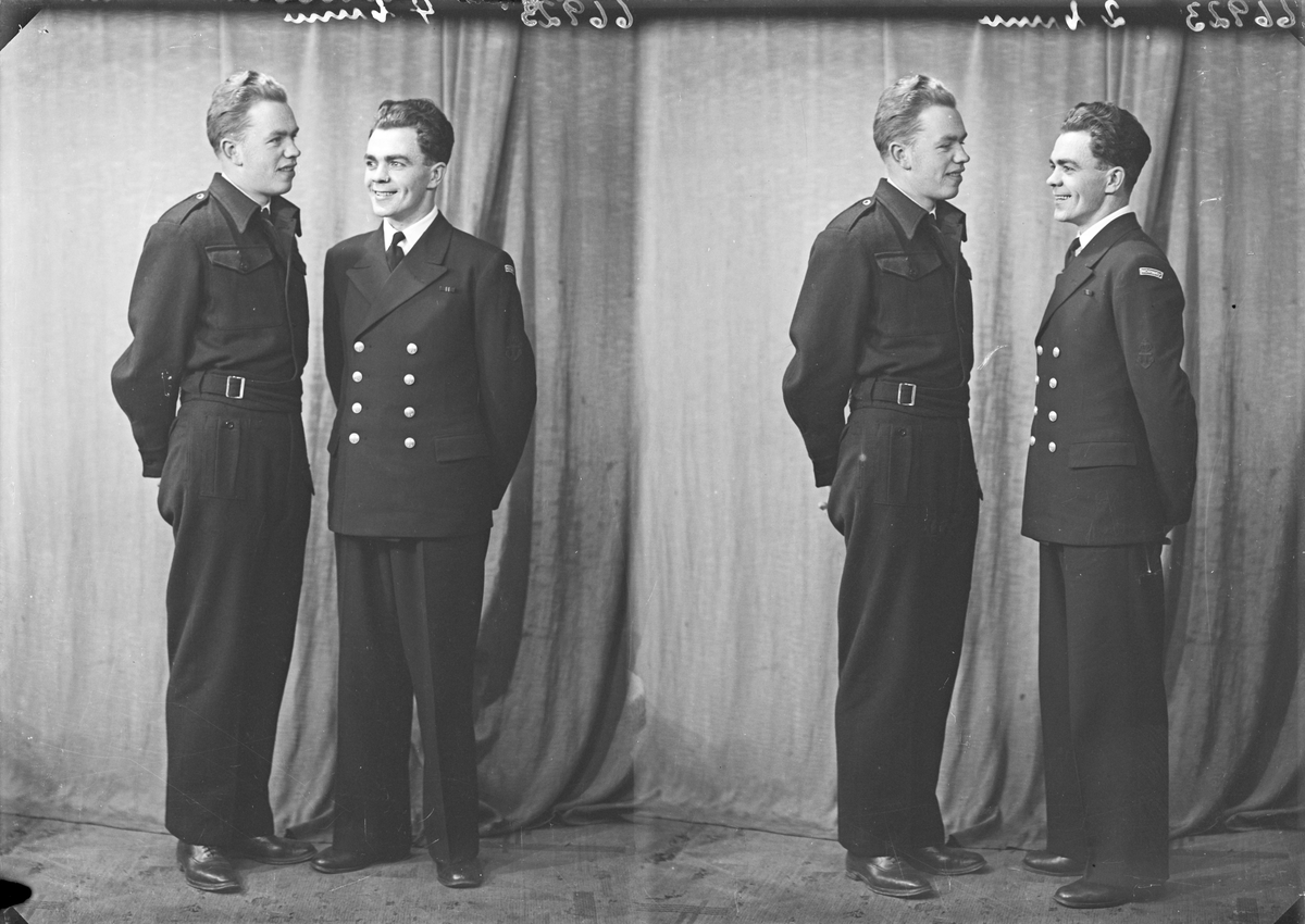 Portrett. 2 unge menn i uniform. Soldater. Bestilt av Sverre Hjelmås. Nygård. Avaldsnes.