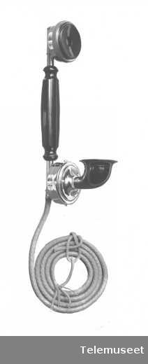 Telefoner, mikrotelefon med og uten ring. Des. 1916. Elektrisk Bureau.
