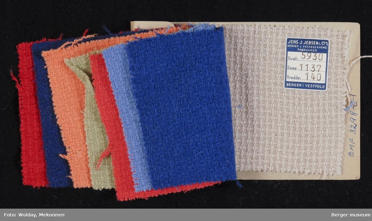 Prøvehefte med 8 prøver Drakt Kvalitet 5930 Stykkfarget