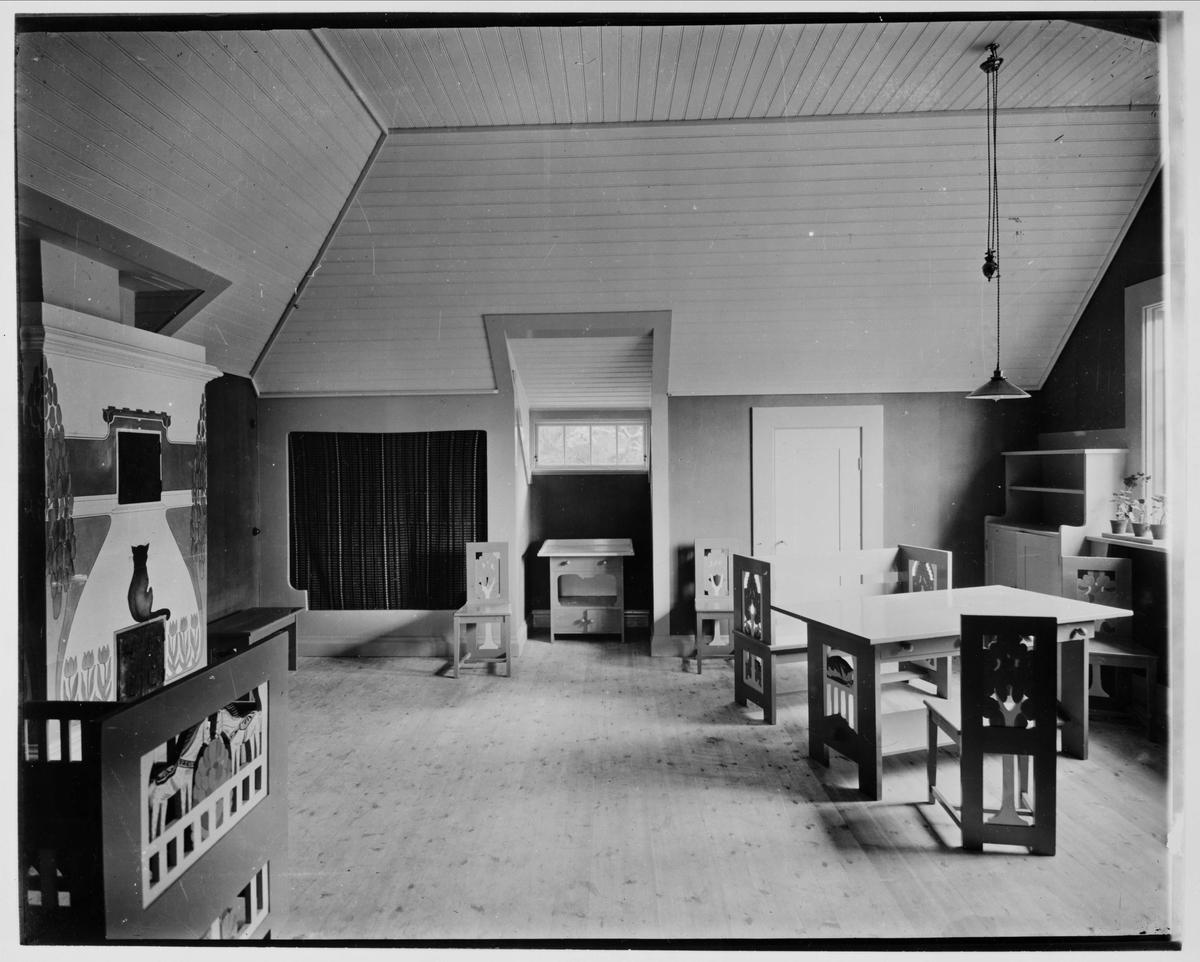 Pressens villa, Saltsjöbaden, Stockholm. Interiör, barnkammare. Arkitekt och inredning Carl Westman, 1902.