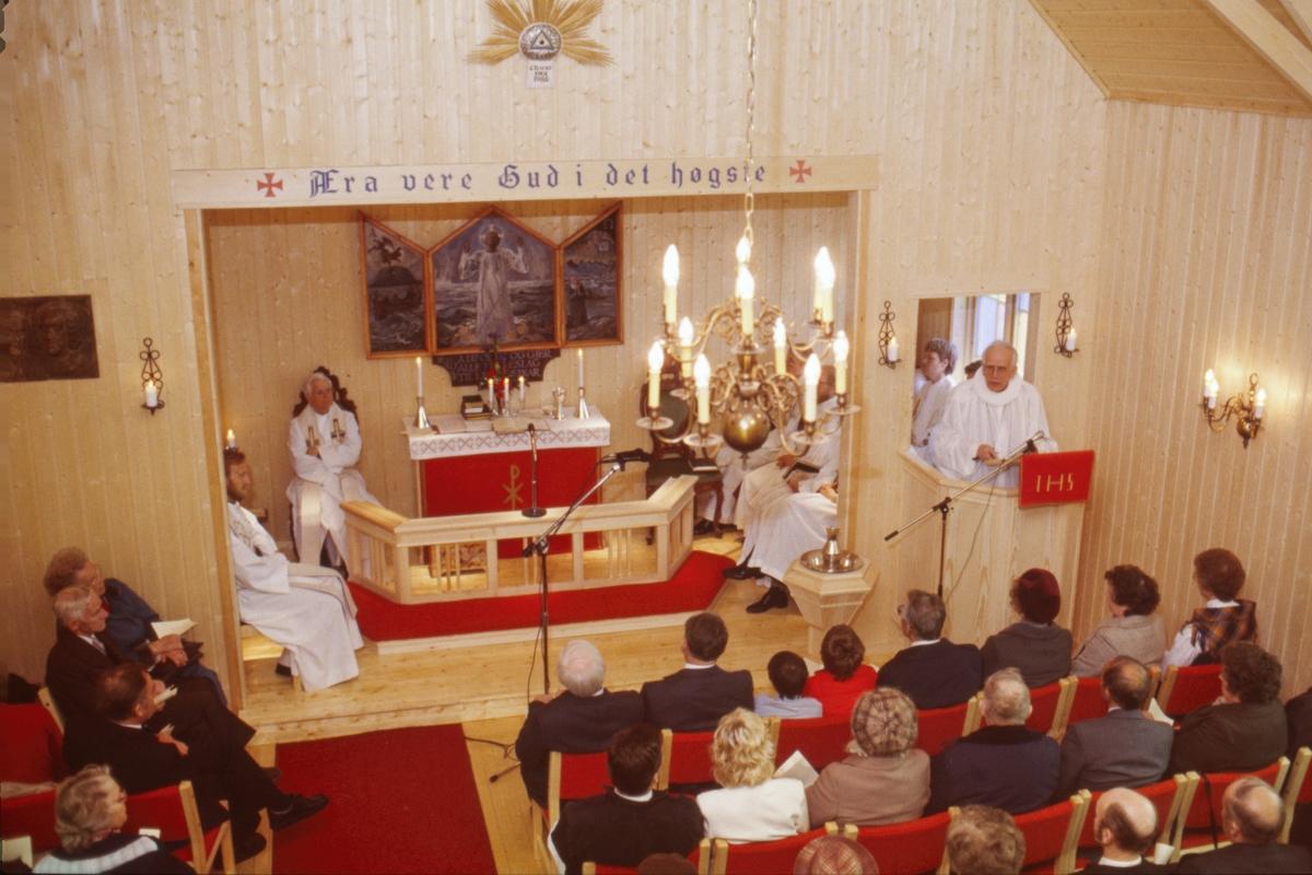 Innvielse av det nye kapellet på Elgsnes.