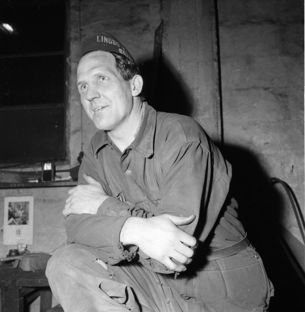 Lingbo verkstäder. Stig Selander konståkningen 13/11 1958