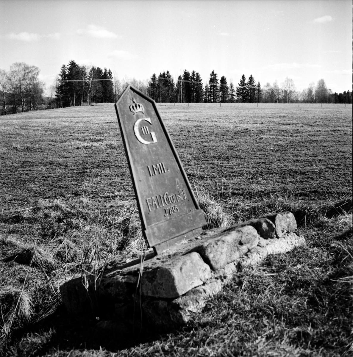 Fjärdringsstolpar i Arbrå, Vallsta, April 1973