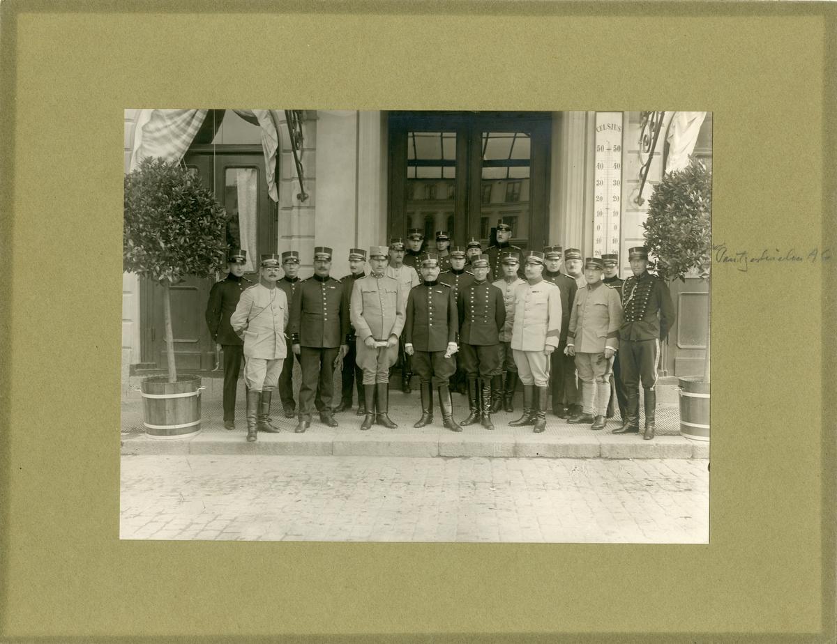 Taktisk kurs för militärläkare vid II arméfördelningen, 1915. För namn, se bild nr. 3.