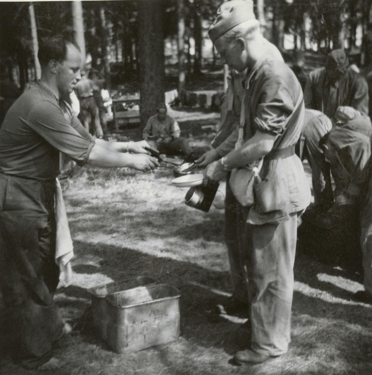 Måltid vid Södermalands regemente I 10.