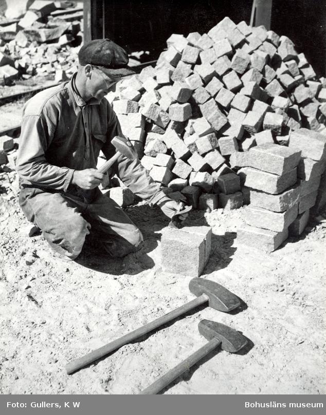 Klyvning av sten för framställning av smågatsten