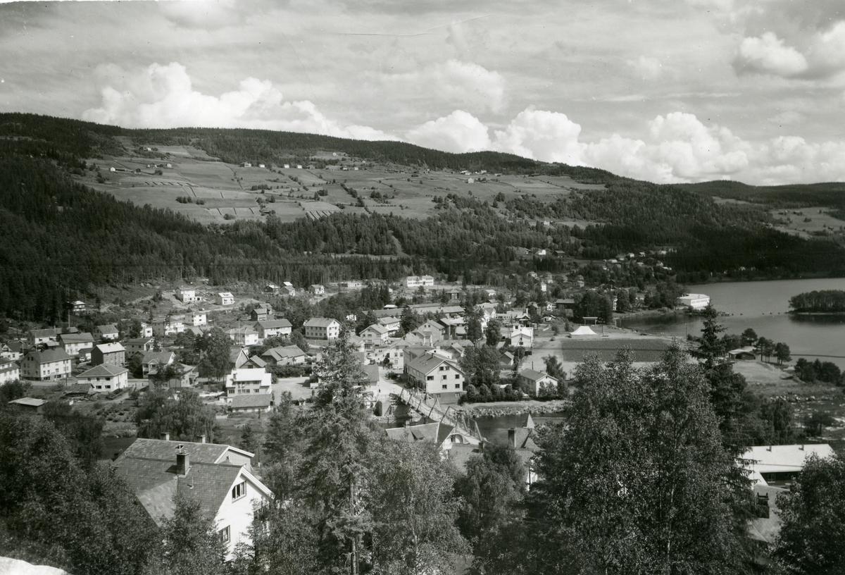 Oversiktsbilde over Fagernes sentrum.