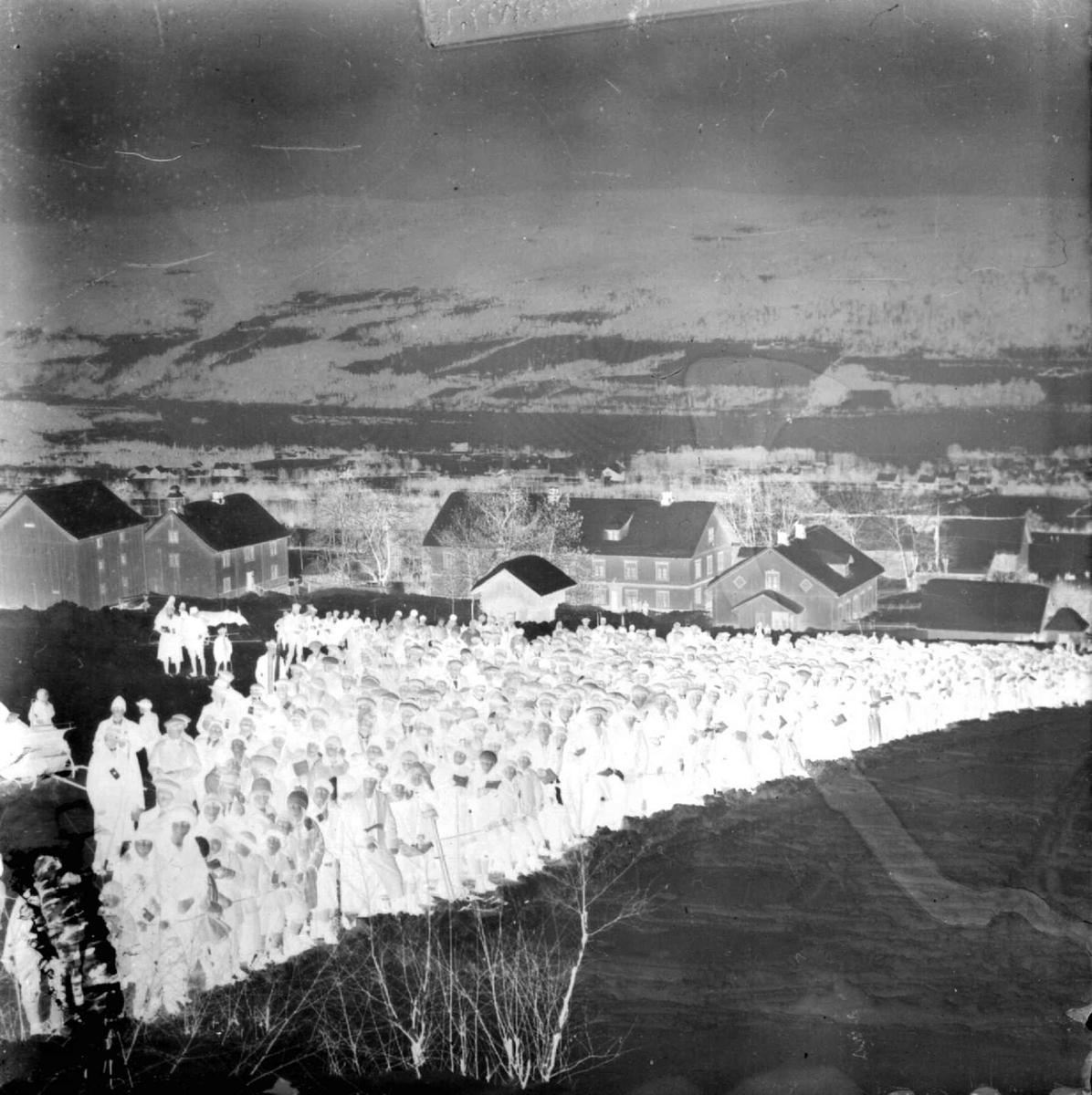 Hovedlandsrennet på Lillehammer, Lysgårdsbakken 1927. Publikum på sletta
