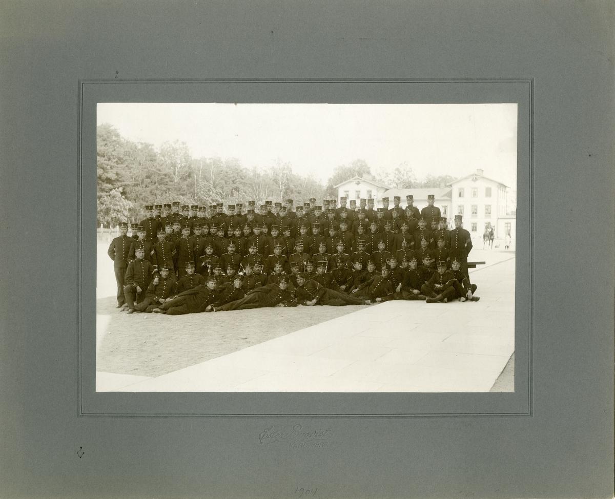 Grupporträtt av 4:e kompaniet, Karlsborg 1904.
