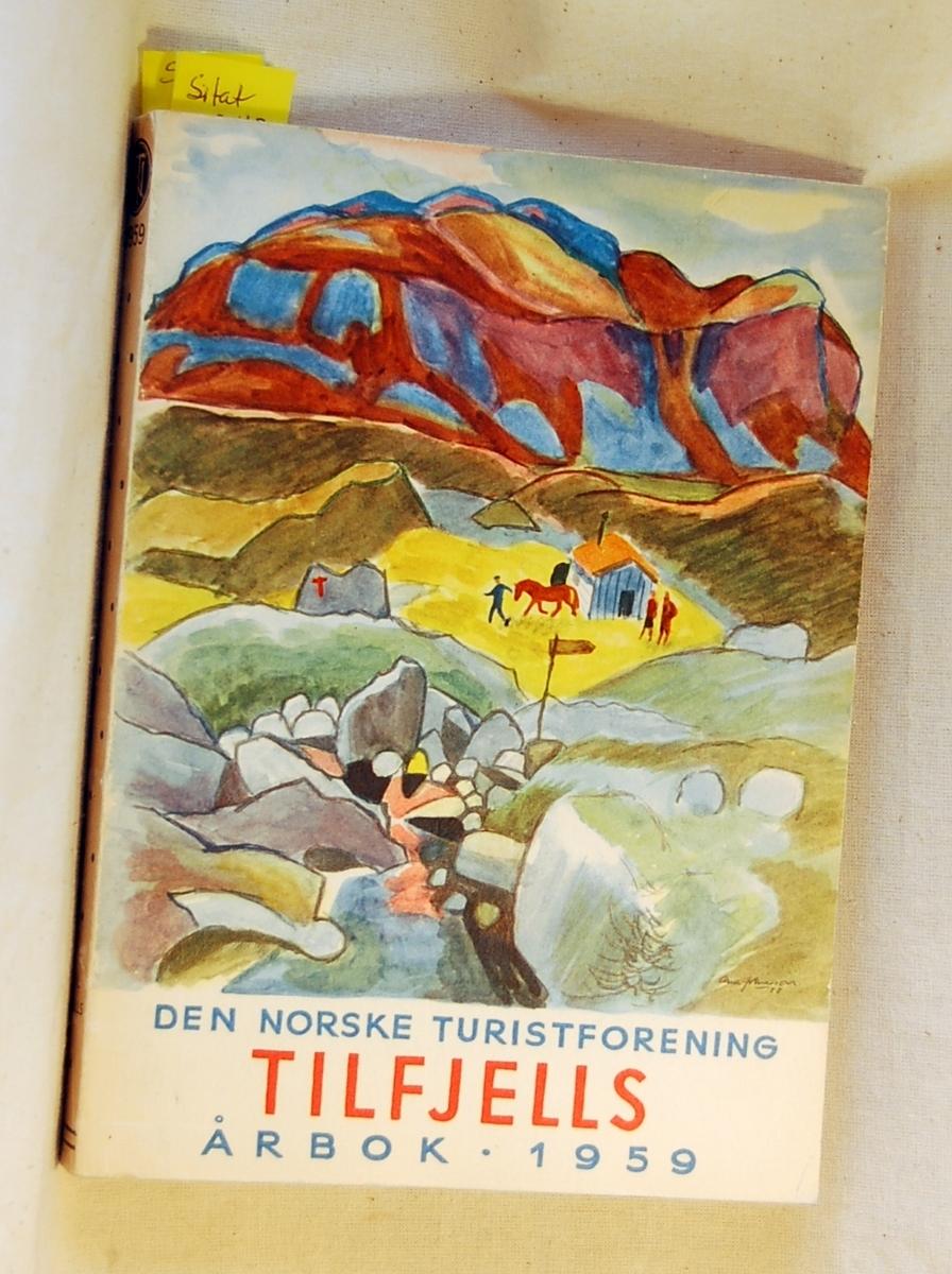 10 stk. årbøker fra årgangene 1925, 1928, 1935, 1937, 1942, 1943, 1951, 1953, 1959, 1968.  Årbok fra 1925 og 1928 er gitt i gave av Lions Nesbru i 2014/15 og erstatter eksemplarer som Tromsø Museum overtok.