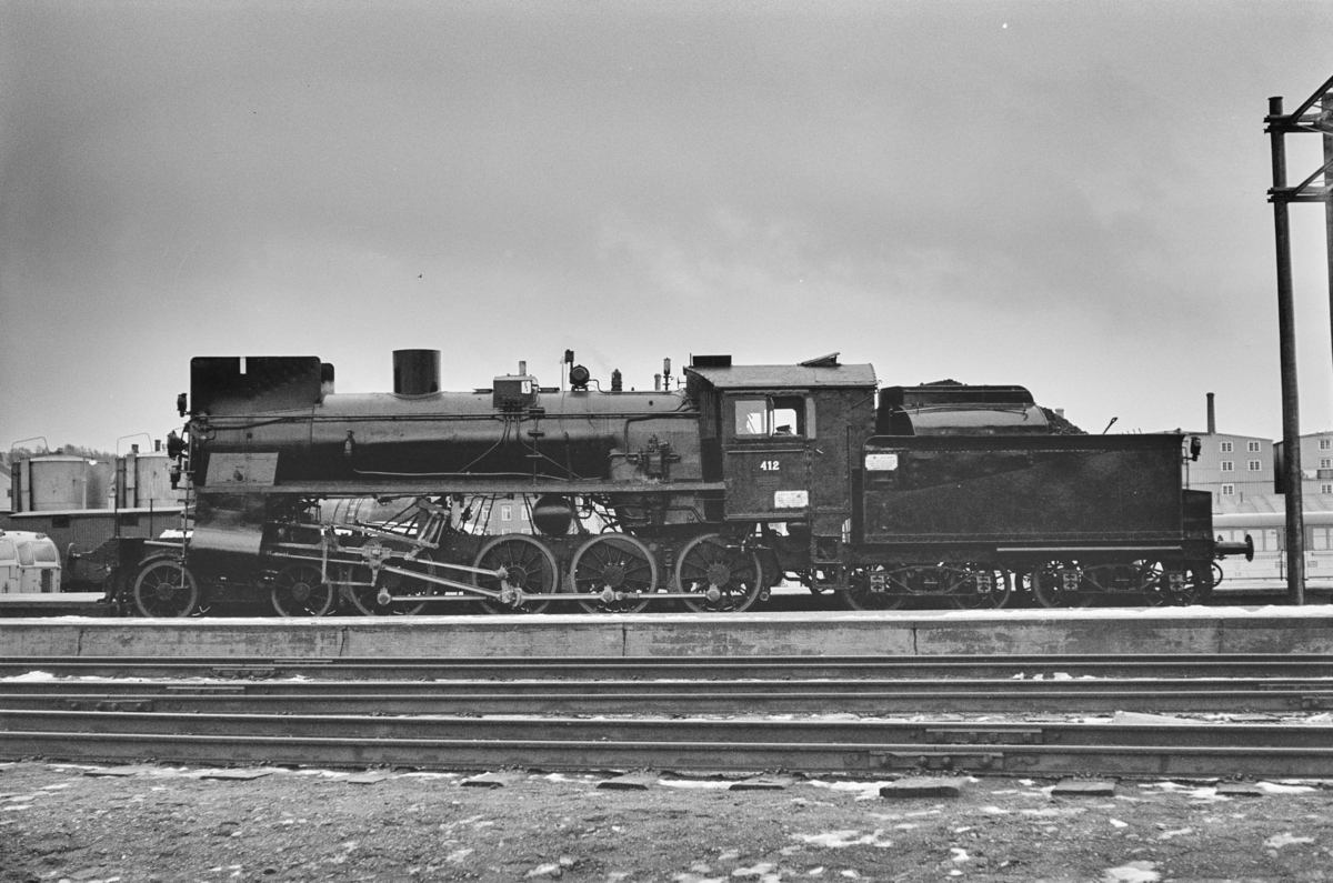 Damplokomotiv type 26c nr. 412 på Trondheim stasjon.