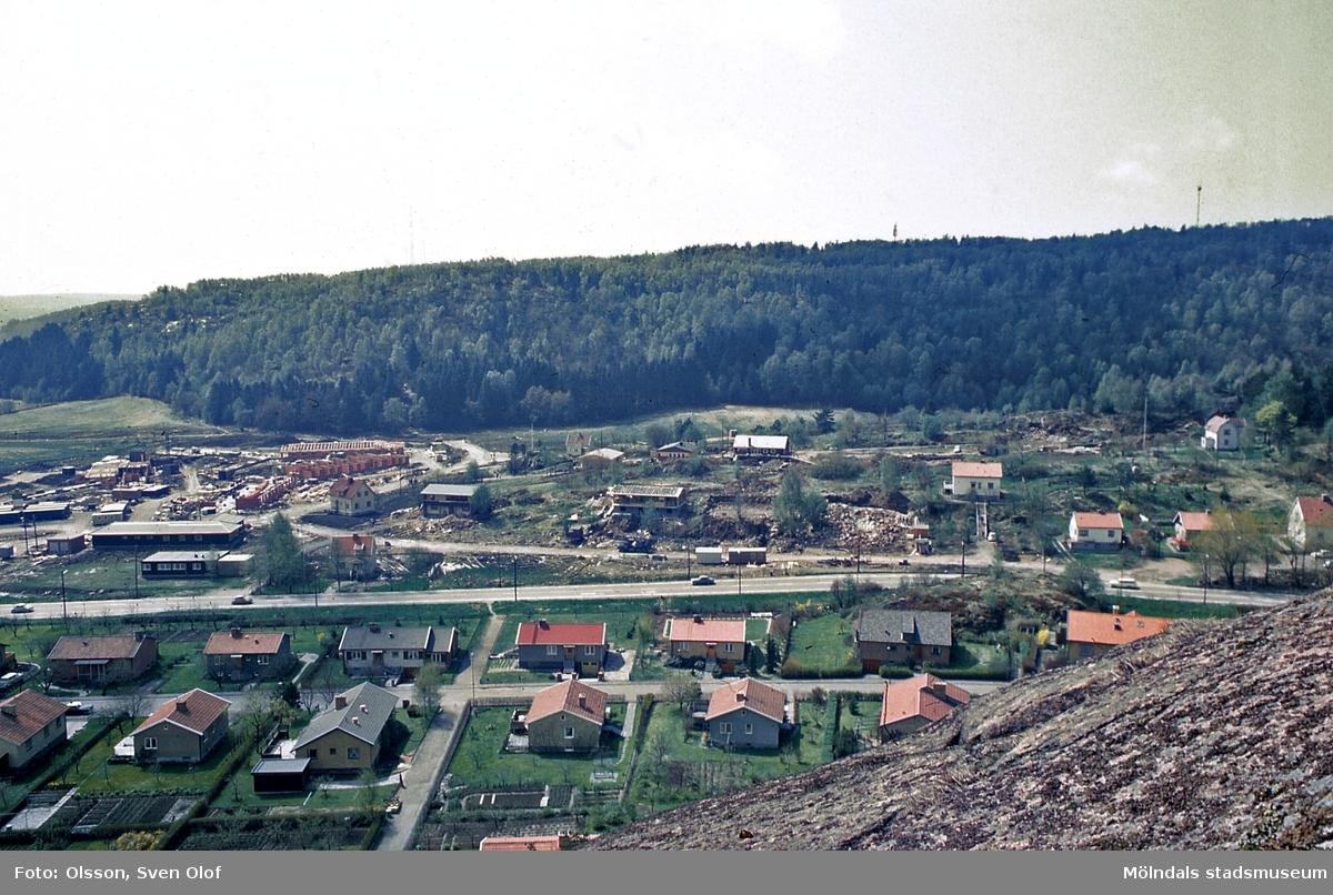 Bostadsbebyggelse i Toltorp, Mölndal, år 1968. Nordängsgatan och Kläppegatan.