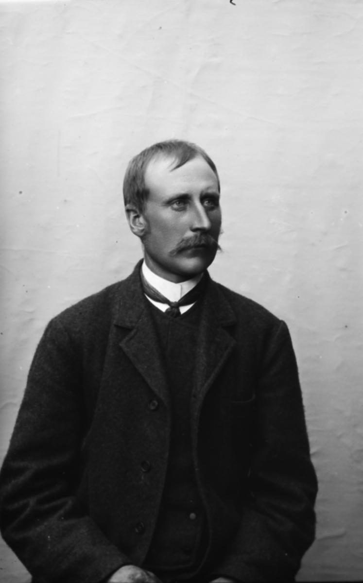 Portrett av Ludvig Myhrer.