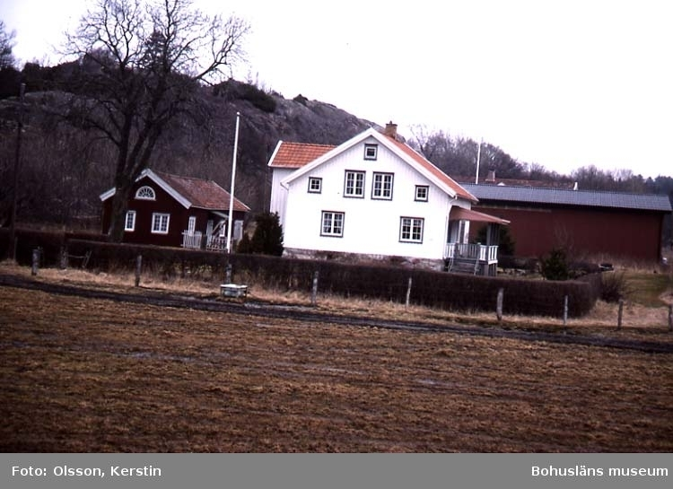 "Text på kortet: ""Lännestad Bro sn. April 1987""."