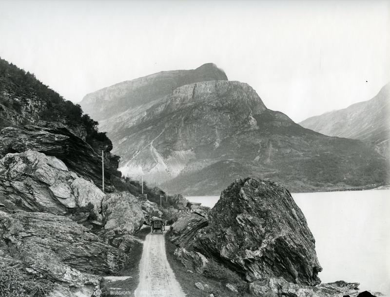 Vegen langs Vangsmjøsa. Valdres Folkemuseum, VFF 4-002062