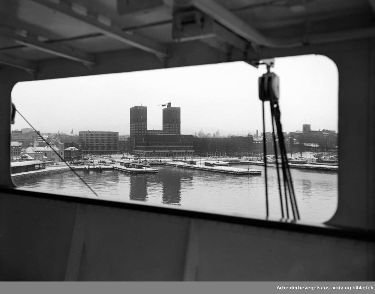 Rådhuset: Oslo havn, 1950 - 1956