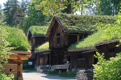 Tun fra Setesdal, Norsk Folkemuseum. Foto: Astrid Santa, Norsk Folkemuseum.