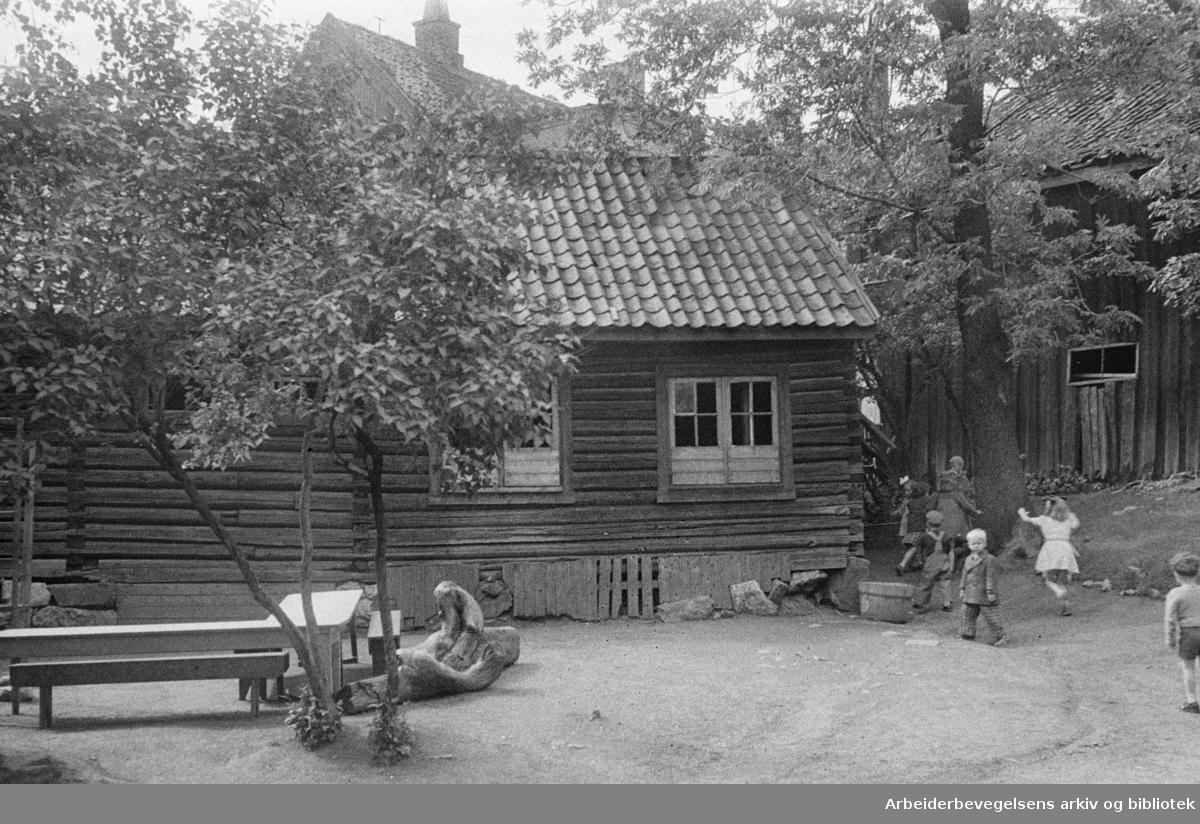 Hammersborg daghjem, Damstredet 1. Juni 1948