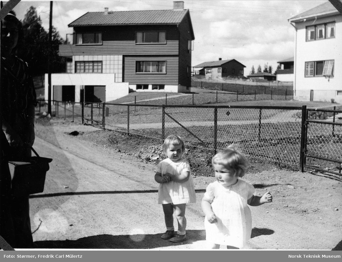Carl Størmers barnebarn, Røa juni 1940