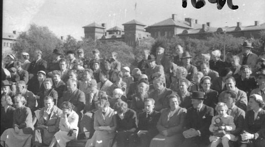 Regementets Dag 1956, A 6, Jönköping. Rocksjövallen. Åskådare.