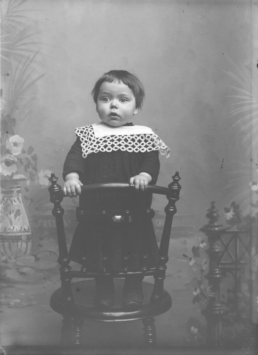 Portrett av Olof Skattebo, født 1896, sønn av Reidar og Guri Skattebo