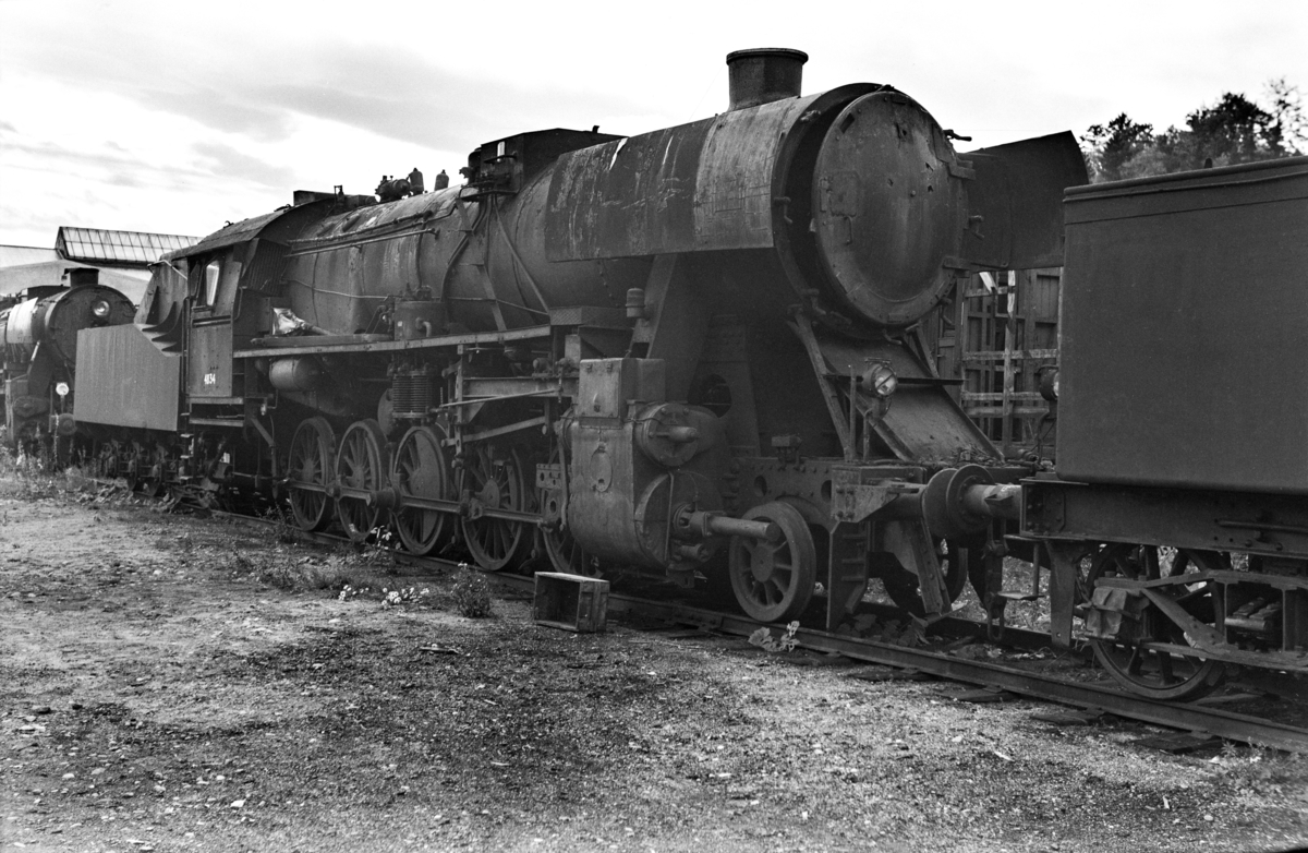 Hensatt damplokomotiv type 63a nr. 4834 på Marienborg.