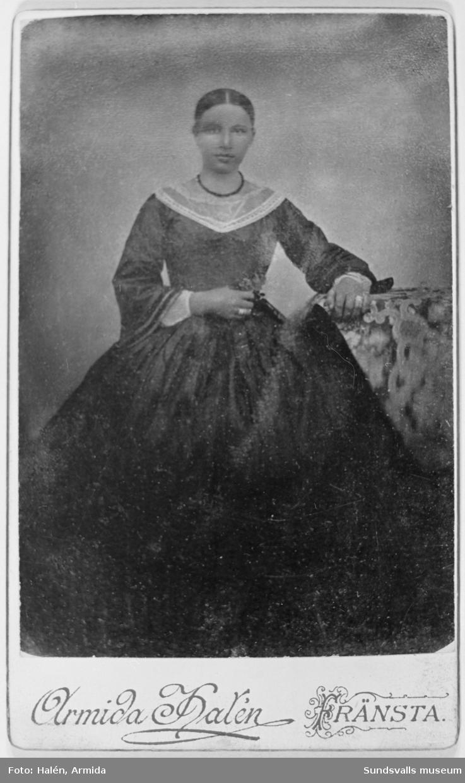 """""""Faster Anna, Hjälta"""" Anna Britta Norberg, äldst av syskonen Norberg, född 1837 /e u Olof Norberg (syskonbarnbarn)."""