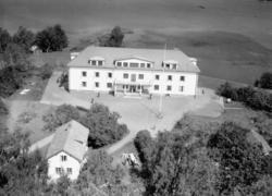 Flygfoto över Löttarps arbetshem i Forserum, Nässjö kommun.
