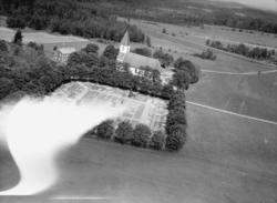 Flygfoto över Forserums kyrka i Nässjö kommun. Nr K 309.